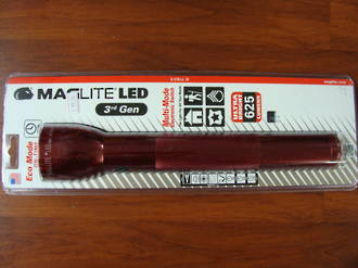 Maglite LED 3 D Cell Torch 3rd Generation 625 Lumens - Red