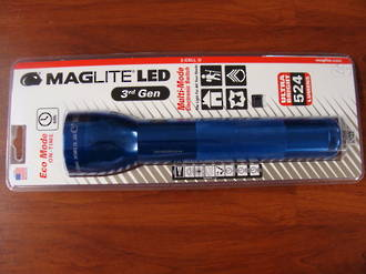 Maglite LED 2 D Cell Torch 3rd Generation 524 Lumens - Blue