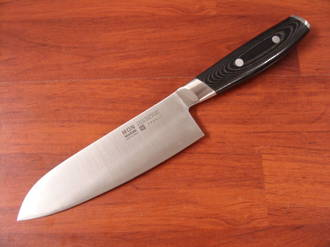 Mon Japanese Damascus VG-10 Santoku Knife 165mm - 3 Layers