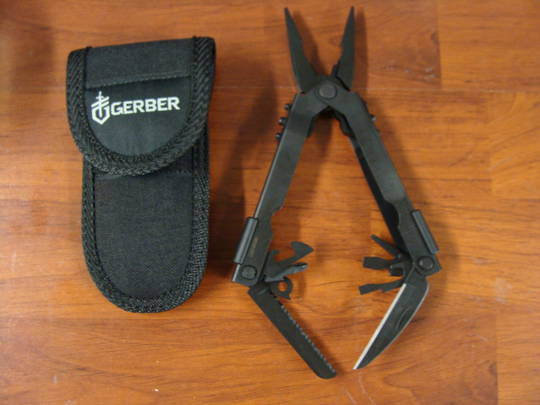 Gerber Needlenose Multi-Plier 600 Basic Multi-Tool, Black - 07550