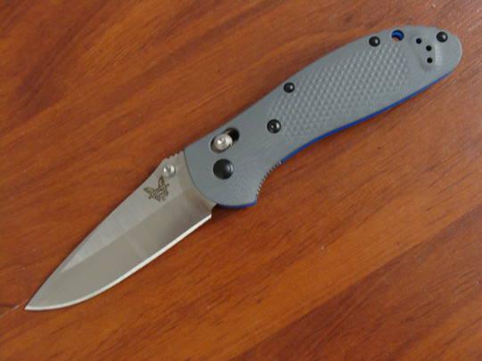 Benchmade Griptilian CPM-20CV Drop Point Blade Gray G10 Handles