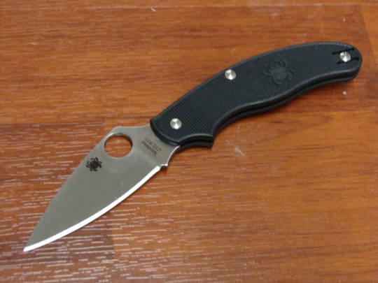 Spyderco UK Penknife Leaf Blade, Black FRN Handles