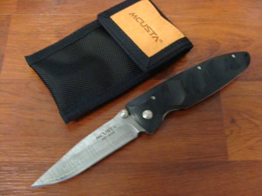 Mcusta Damascus Basic Folder Black Micarta Handle W/sheath