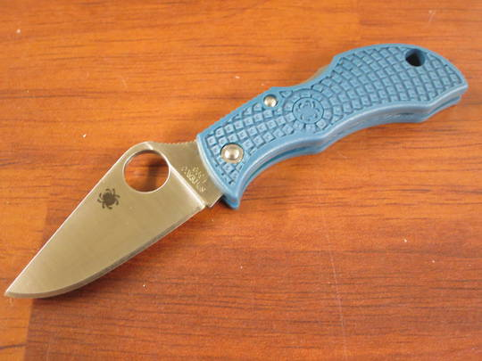 Spyderco Manbug Lightweight Folding Knife K390 Blade, Blue FRN Handles