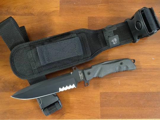 FOX Knives Fox Fox Predator I Fixed Tactical Knife  T2B