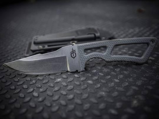 Gerber Ghostrike Fixed Knife Grey