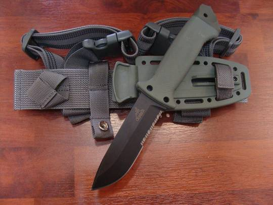 Gerber LMF II Infantry Foliage Green Knife