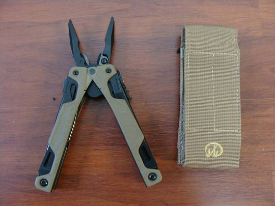 Leatherman OHT COYOTE TAN Multi-Tool - W/ Sheath