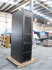 Co-Hosting/Co-location Cabinets