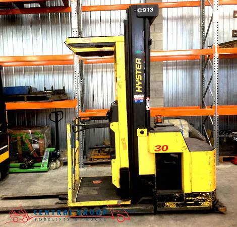 2001 HYSTER ORDER PICKER R30XMS