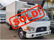 2015 Hyundai HD75 4X2 REFRIGERATED BOX BODY TRUCK