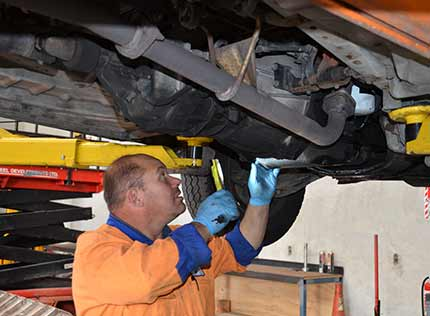 truck repair service-Wellington