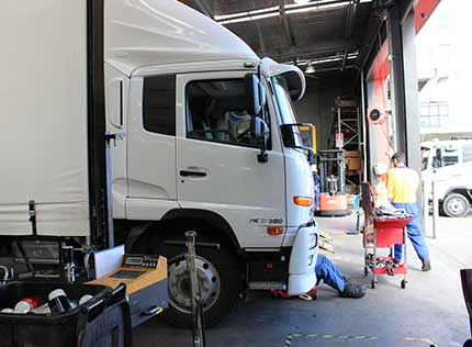 MOBILE DIESEL TRUCK MECHANICS & REPAIR SERVICE