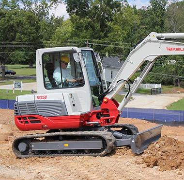 TB250-Mini-Excavator-5