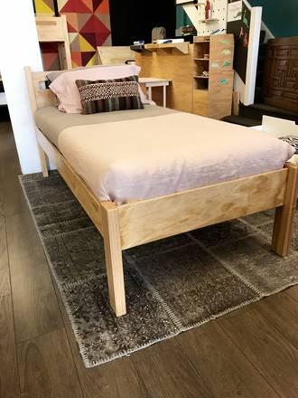 Kasa Pine Ply Bed