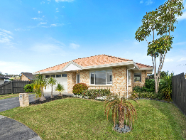 018 Open2view ID377191-Balla Place - 15-740