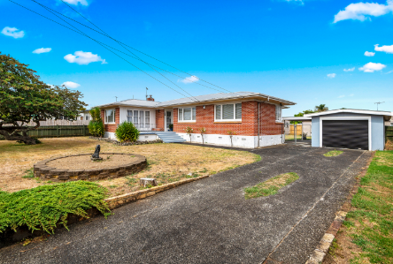 109 Old Wairoa Road, Papakura, Clare Nicholson, Bayleys Real Estate