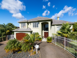 89 Whitford Road, Northpark, Clare Nicholson, Bayleys Real Estate