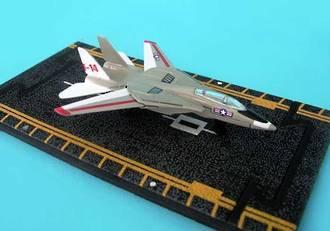 Hot Wings - F-14 Tomcat Military