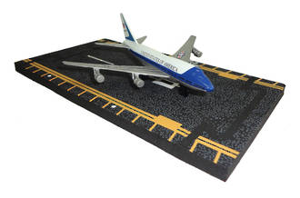 Hot Wings - B747 Air Force One
