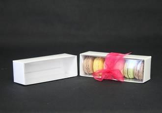 6 Piece Macaroon box with internal lid