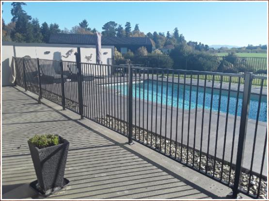 Testimonial swimming pool photo