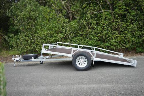 Single Axle Tilt Mower Trailer 3050mm x 1950mm 1500kg Braked