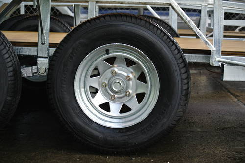 Wheel Assy; 185R13C; 800kg rated