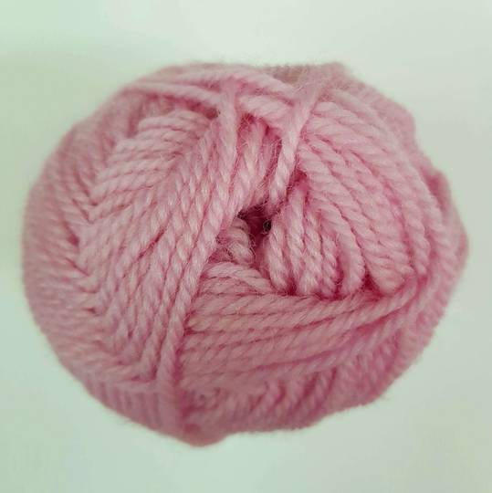 Red Hut: Pure New Zealand 100% Wool 8 Ply Yarn - Soft Pink