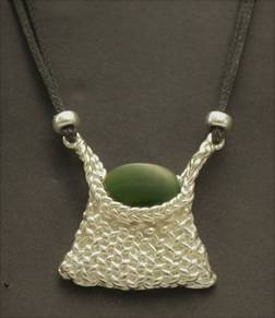 P57 Woven Kete with Greenstone