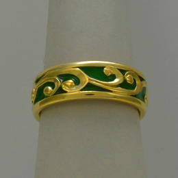 R251a Gold Koru wedding band in yellow Gold with coloured enamel fill