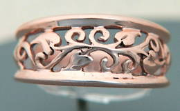 R100 Rose gold Filligree band
