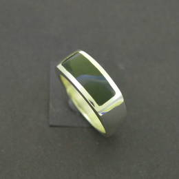 R333 Mens wedding ring, Pounamu NZ greenstone, and Stg.Silver.