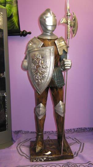 Medium Knight