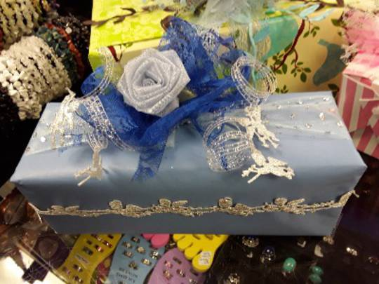Blue Themed Free Gift Wrapping