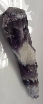 Natural Chevron Amethyst Finger (XX)