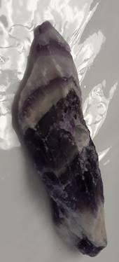 Natural Chevron Amethyst Finger (XZ)