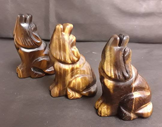 Carved Tigers Eye Wolf