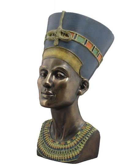 Bust of Queen Nefertiti (Large)