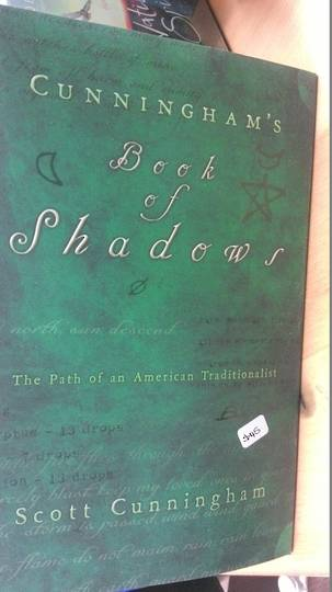 Cunninghams Book Of Shadows by Scott Cunningham