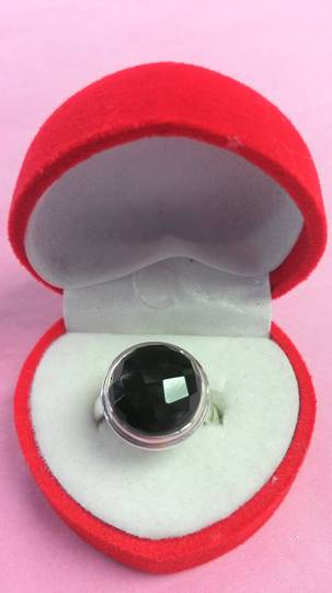 Round Faceated Onyx Ring