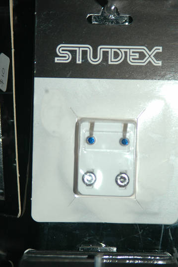 Studex silver September studs regular