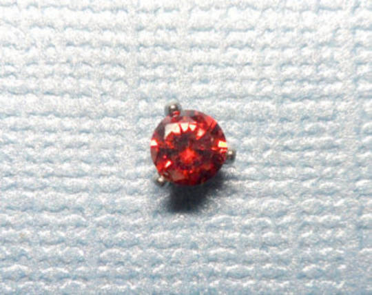 9kt Gold Red Crystal Mircodermal top