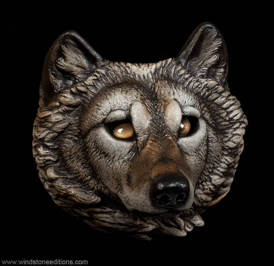 Windstone Editions Wolf Sconce