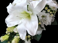 white-lily-rose-trailing-bouquet 02 230x173
