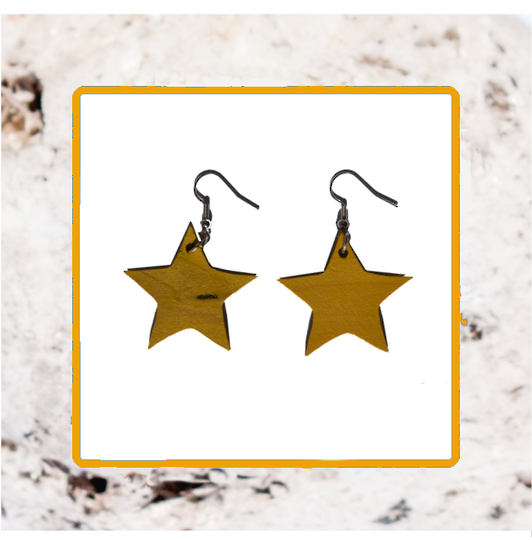 Macrocarpa Star Earrings
