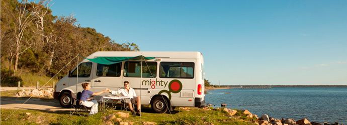 MIghty-Deuce-AU-Australia-Image-Exterior-Couple-Picnic-Awning-Food-Scenic