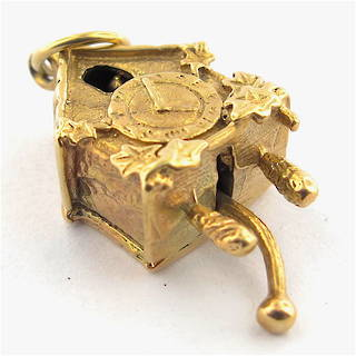9ct yellow gold cuckoo clock charm
