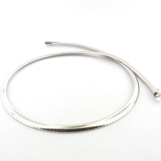 18ct white gold flat link necklace