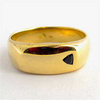Men's 9ct yellow gold black diamond set ring